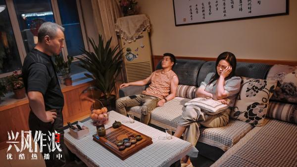 """电影《兴风作浪3》票房破千万掀全网爆笑 评分8.2被赞""""为东北喜剧正名"""""""
