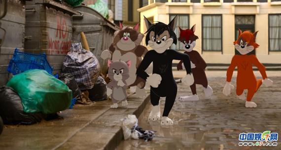 """《猫和老鼠》曝""""全明星集结""""版预告 汤姆杰瑞狂掀动物龙卷风"""