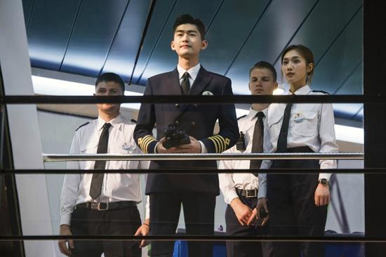 汉斯张《海洋之城》开始改造邮轮 演技得到了认可
