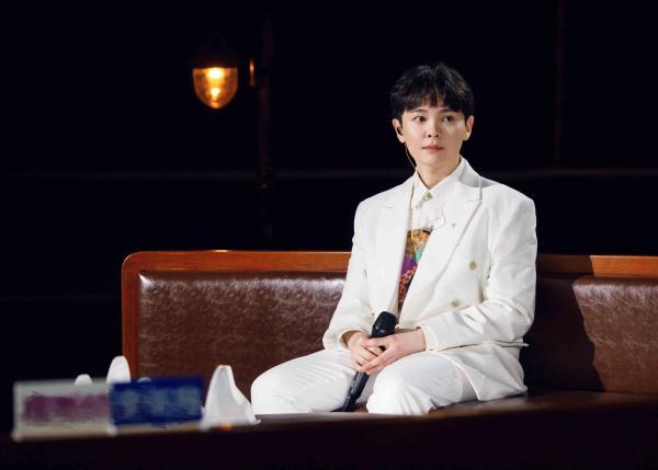尤长靖献唱《蜀相》 感受中华文化诠释英雄气骨