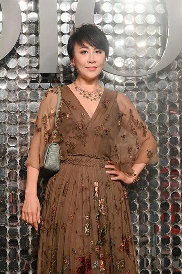 刘嘉玲回应删除杨颖的朋友 她好几年没说话了 真的忘了!