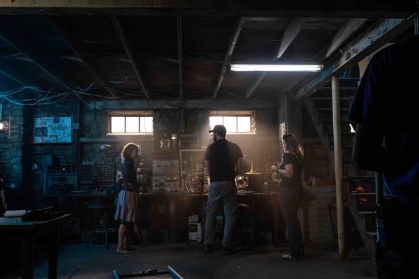 《寂静之地2》明日上映 即刻购票尽享大银幕颤栗体验!