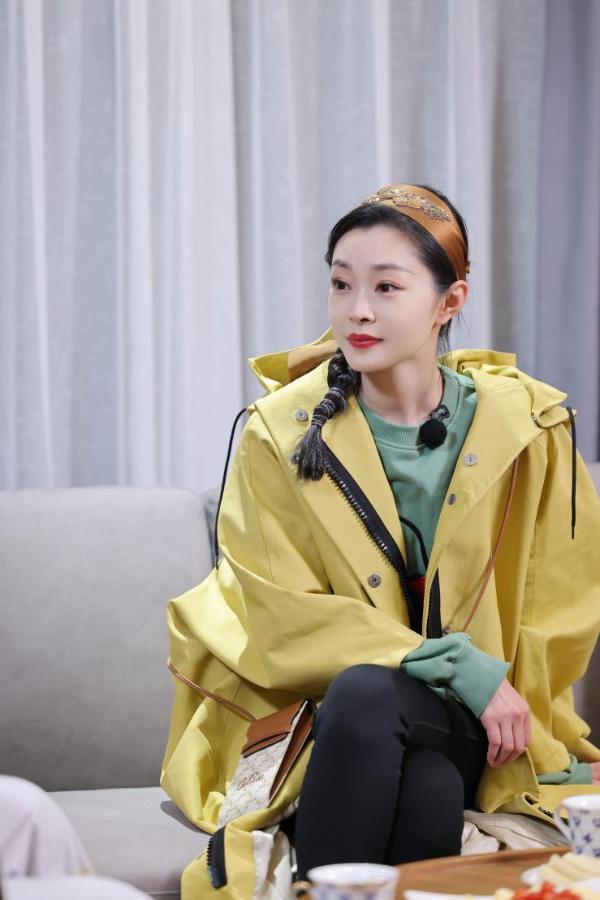 """《追星星的人》袁弘张歆艺加入 与窦骁何超莲联手发糖""""甜跑""""众人"""