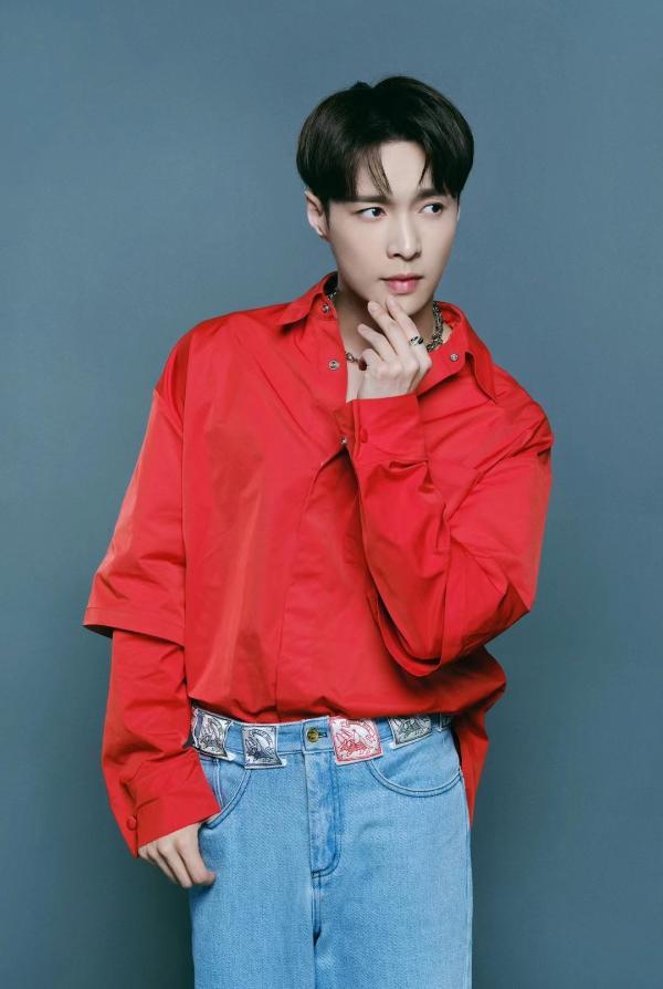 张艺兴EXO特别专辑MV释出 热度登顶尽现全球影响力