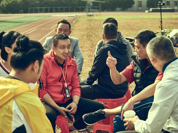 电影《超越》全国热映 制片人王翎霁分享超越背后的故事