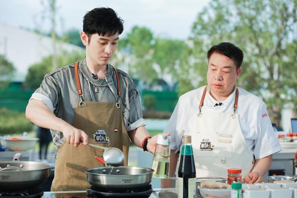 湖南卫视《中餐厅5》首播收视第一创佳绩 合伙人晋升大厨看点多多