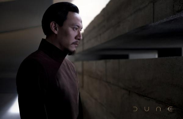 """张震《沙丘》角色预告释出 """"摸头""""细节暗藏东方神秘色彩"""