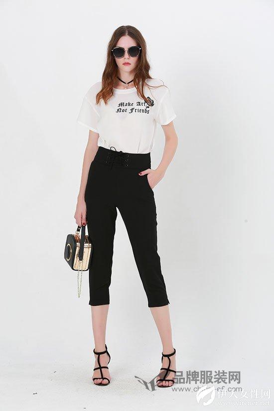 腿长的都爱穿裤子 例格女裤让你穿出独立个性