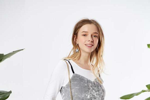 城市衣柜抢占平价女装市场 和加盟商一起实现更多创收