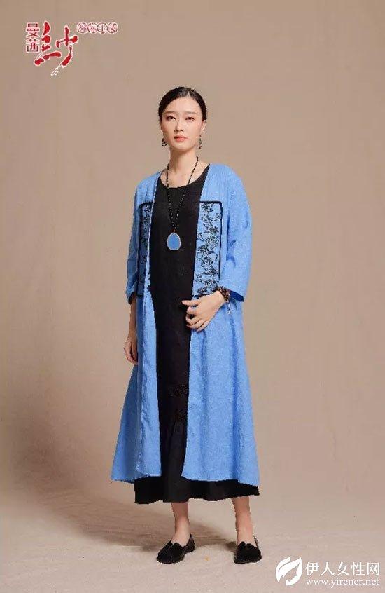 曼茜纱女装2018秋装新品上市——蝴蝶兰