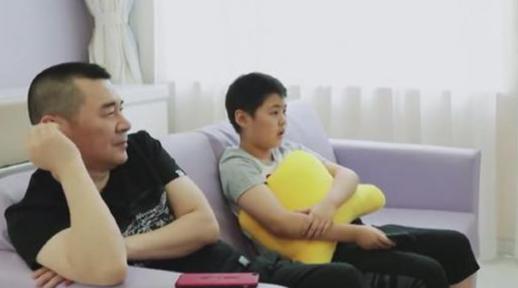 陈建斌:子女相处沟通最重要