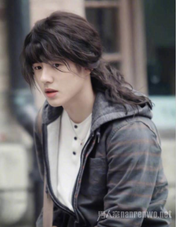 刘昊然发型之百变发型能造就出各种百变形象