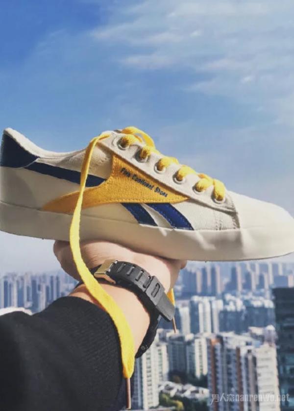 元气满满的潮男帆布鞋 打造最具青春气息的你