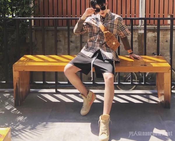 夏日男士清爽穿搭 让你可以遇见更完美的自己