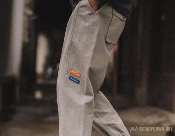 男生夏季裤子选择 带给你轻松自在的生活享受