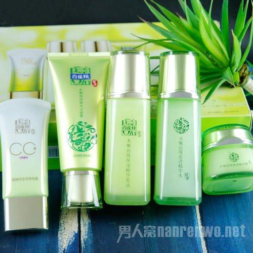 美容养颜护肤 健康精致的肌肤状态不仅要护肤还要靠吃