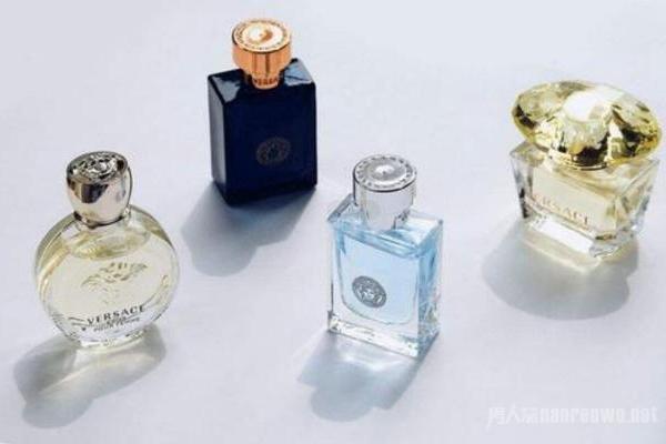 香氛和香水的区别 两者该怎么使用 有品位的你必须知...