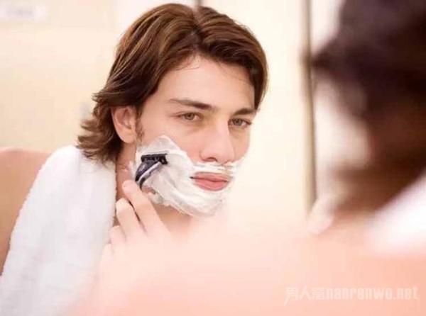 女生如何为男生挑选剃须膏 这三种剃须膏类型你必须要知道