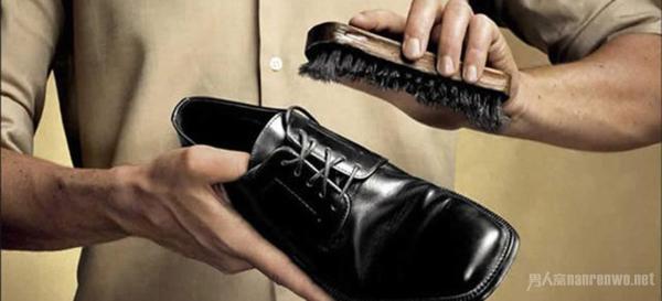 如何选购男鞋 一定要遵循男士搭配原则