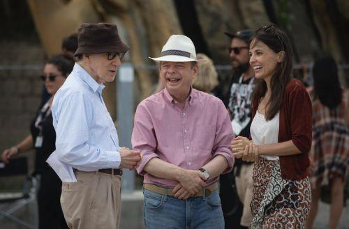 伍迪·艾伦新作《里夫金的电影节》发布最新剧照