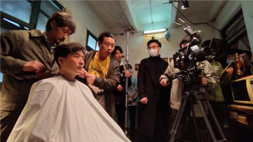 艺术电影《老楼》重庆举行开机仪式,预计明年上映