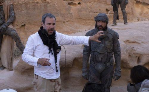 摄影师谈《沙丘》 坦承拍摄技巧受到《星战》影响