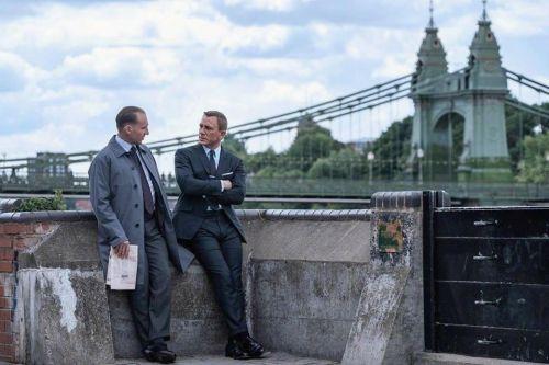 《007:无暇赴死》曝全新预告前瞻