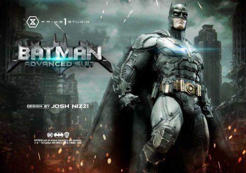《蝙蝠侠:终局》漫画蝙蝠侠升级套装和芬里尔装甲雕像发布