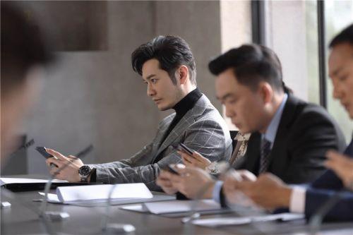 《紧急公关》CCTV-8开播 黄晓明谈角色:理智到近乎冷酷