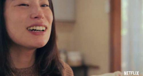 Netflix女同题材新电影《她》将于4月15日独占上线