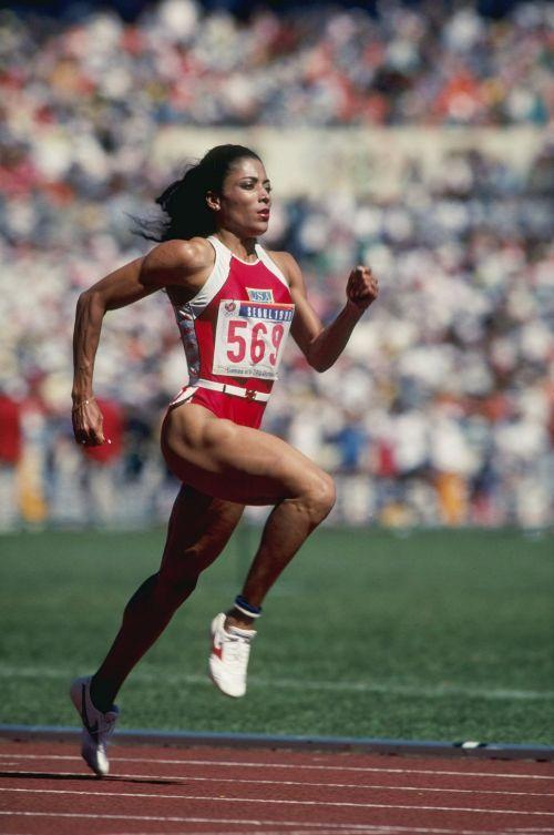 蒂芬妮·哈迪什将主演美国短跑名将格里菲斯·乔伊娜传记片