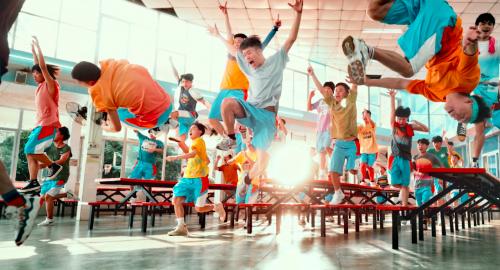 """青春歌舞电影《燃野少年的天空》宣布""""暑期档""""上映"""
