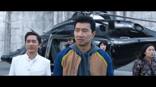 漫威电影《尚气与十环传奇》曝预告 梁朝伟VS刘思慕父子对决