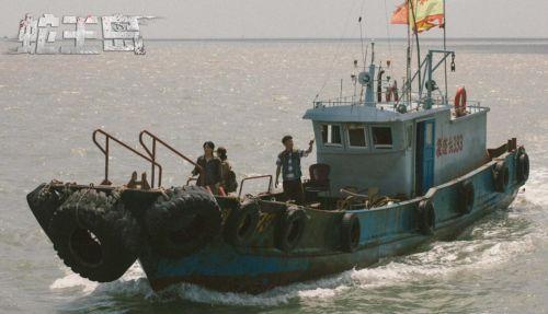电影《蛇王岛》今日上线 泰坦巨蟒惊悚降临 孤岛血战蛇王崛起