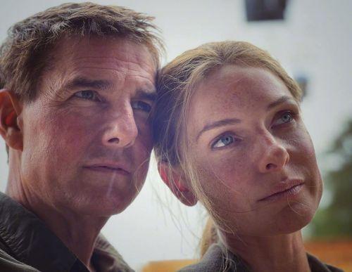 丽贝卡·弗格森晒和汤姆·克鲁斯合照 《碟中谍7》戏份杀青