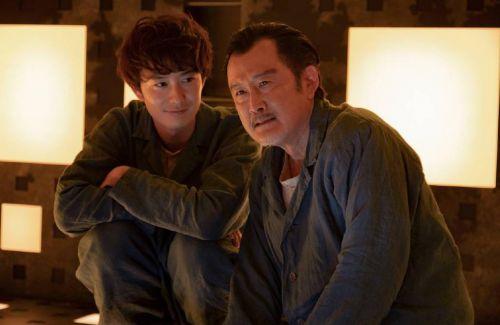 日本版《心慌方/异次元杀阵》发布剧照,菅田将晖被困密室