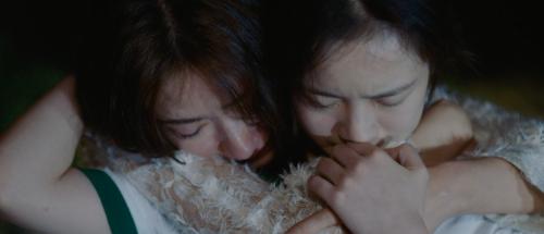 电影《兔子暴力》发布终极预告,母女重逢陷爱恨纠葛