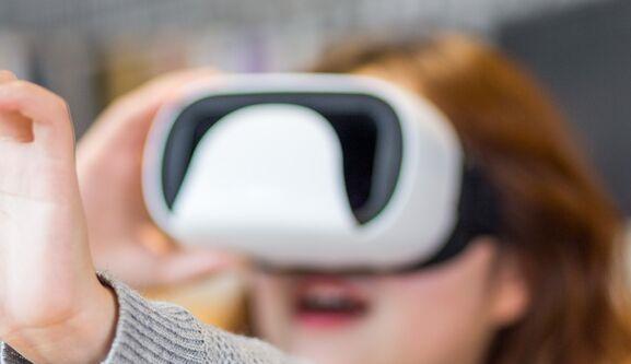 苹果或在2022年推出首款虚拟现实头戴设备,为最终AR眼镜打头阵