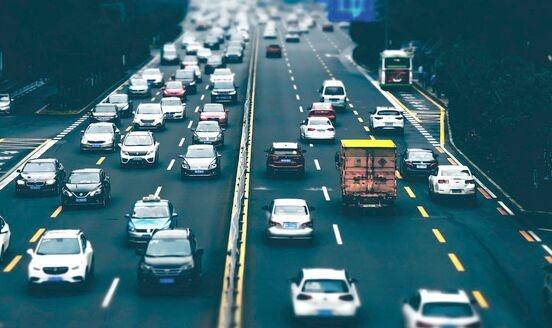 """长城汽车公开自动驾驶相关专利 让车辆""""机智""""躲开障碍物车道"""