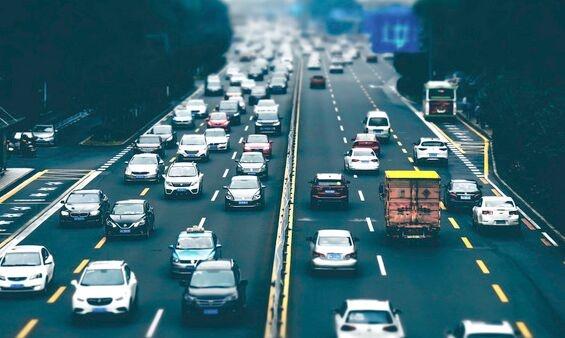 比亚迪公布混合动力汽车相关专利 新的扭矩分配改善了车辆的乘坐舒适性和驾驶感觉