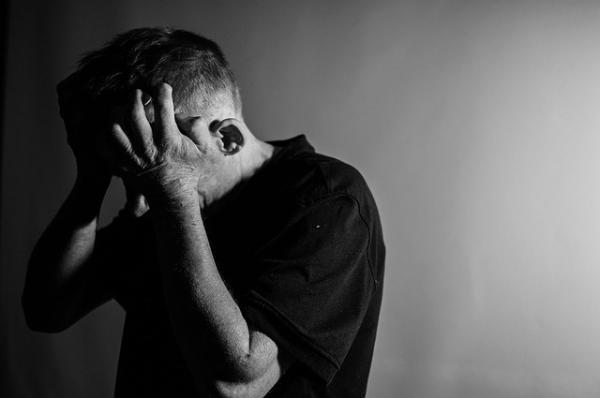 玩电脑并非全无好处:不玩游戏的宅男得抑郁症风险更高