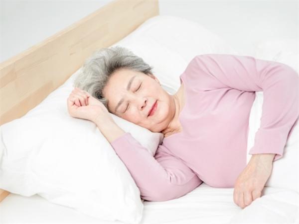 注意!每晚睡眠不足5小时,或增加老年人患痴呆和死亡的风险