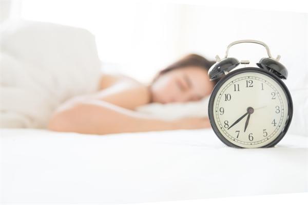 每天睡8个小时就是好睡眠?专家:睡眠质量不取决于时间的长短 而是取决于周期