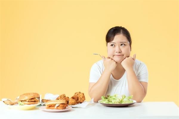 不要盲目追求骨感美!减肥会加速人的外貌和年龄 胖也不是没用