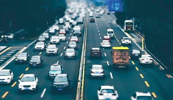 无人驾驶汽车独角兽马骁智行新专利:自动驾驶汽车故障处理 避免乘客长时间被锁在车内