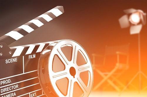 2021年中国电影总票房突破100亿:《唐探3》票房32亿 在中国电影史上排名第8