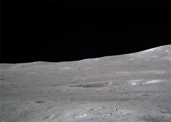 嫦娥四号顺利醒来 进入第27个工作日