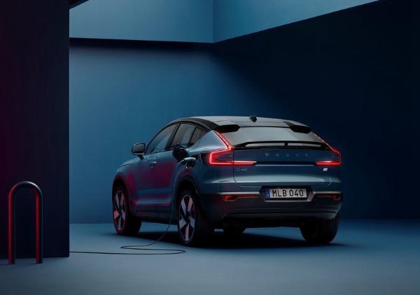沃尔沃纯电动轿跑SUV车型C40官图发布 明年国内上市