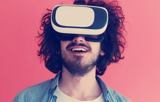 华为公开了VR设备适配盒专利 方便连接各种外部设备 避免发热问题