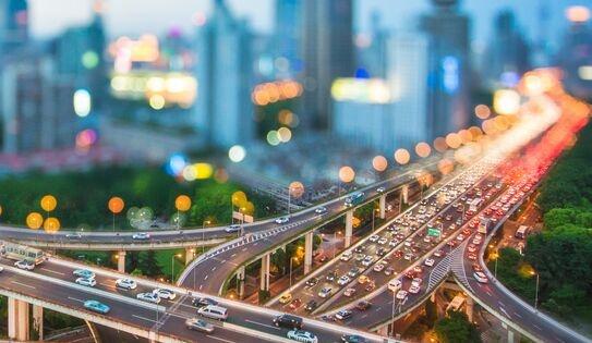 """华为公开""""识别车道的方法、装置及计算设备""""专利,涉及智能交通技术"""